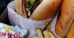 อาหาร 7 อย่างอันตราย ที่กินแล้วทำให้คุณหิวมากกว่าเดิม