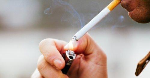 หนุ่มแชร์ประสบการณ์ติดบุหรี่กว่า 20 ปี!! จากเคยฟิตปั๋งกลายเป็นนกเขาไม่ขัน สะเทือนใจ!!