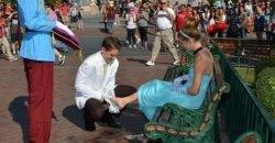 คลิปขอแต่งงาน โดยมีต้นแบบจากการ์ตูน ซินเดอเรลล่า บอกเลยว่าโรแมนติกสุด ๆ !