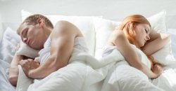 10 ท่าการนอนที่ถูกต้องและที่คุณไม่ควรทำเพื่อสุขภาพร่างกายที่ดี