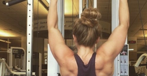 10 หญิงสาวผู้แข็งแกร่ง ที่ออกกำลังกายจนกล้ามเนื้อฟิตเปรี๊ยะ พวกเธอสตรองจริงๆ!