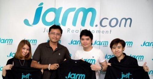 ตัวแทนจาก Mallmedia แวะมาสวัสดีปีใหม่ Jarm.com