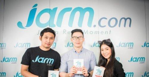 ท้อฟฟี่ แบรดชอร์ ผู้เขียนหนังสือ วัยว้าวุ่นรุ่น 30 จาก Her Publishing แวะมาเยี่ยม Jarm.com