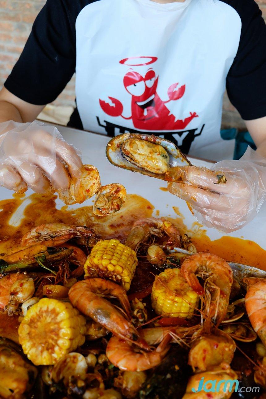Holy Shrimp แจ้งวัฒนะ พาชิมความอร่อย กุ้งถัง ทะเลถัง คลุก