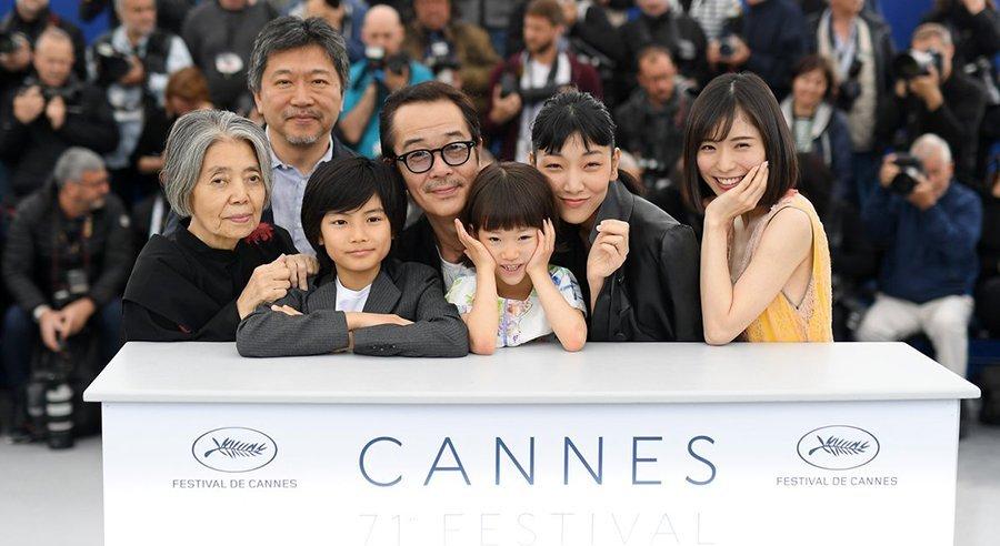 "HIROKAZU KOREEDA ฮิโรคาสุ โคเรเอดะ ""มองชีวิต...ด้วยหัวใจ พร้อมตัวอย่างภาพยนตร์ SHOPLIFTERS"